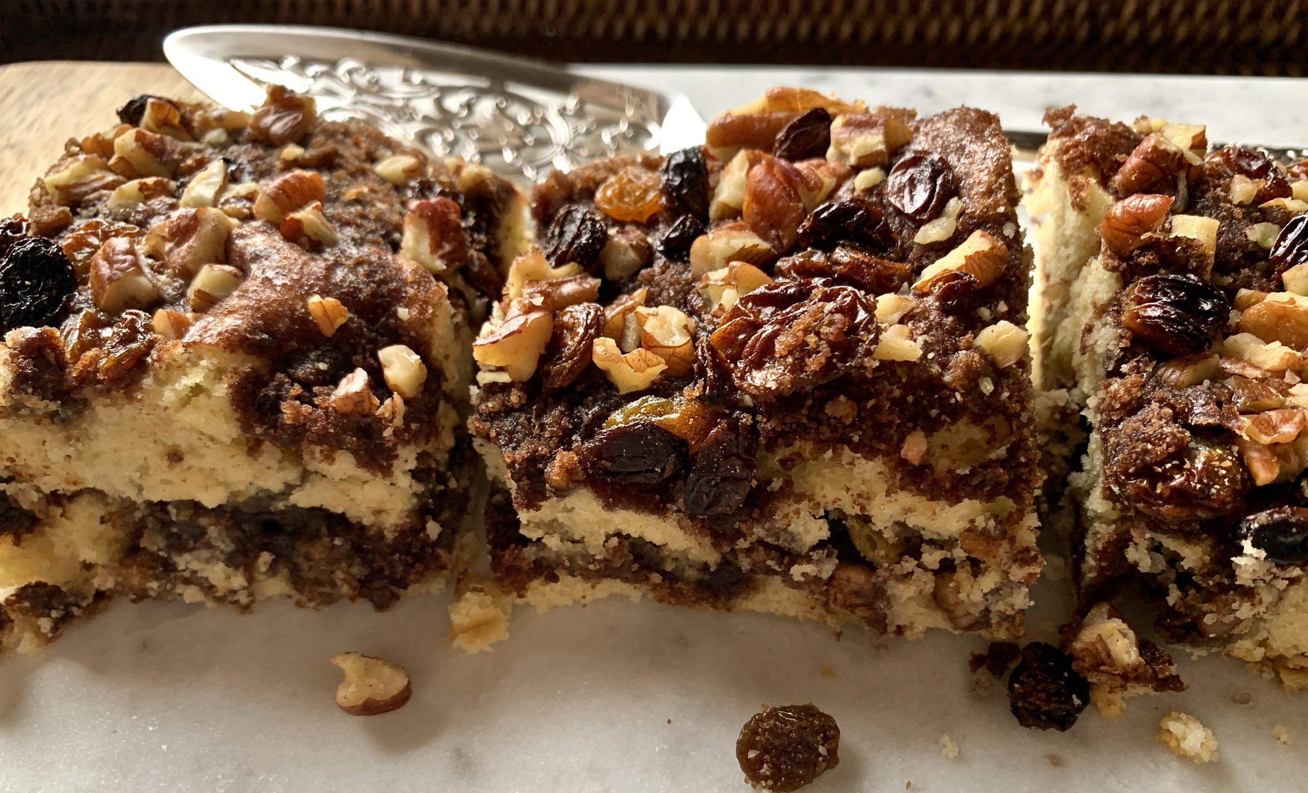 Pecan and Raisin Coffee Cake